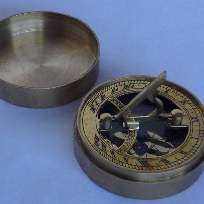 Brass pocket compass/sundial