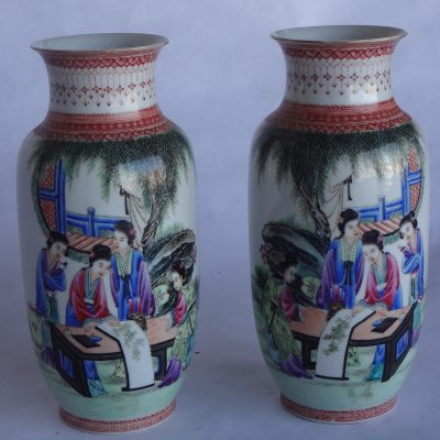 Pair of fine Chinese vases
