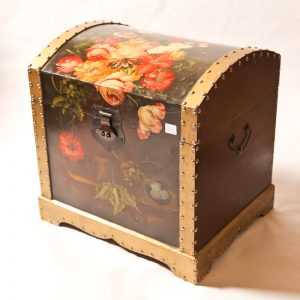 59.  Blanket box. Hand painted in floral motif and brass hinges. Late 20th century.