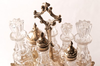 Past Antique and Art Auction – May 9, 2016